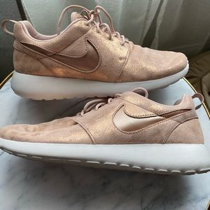 Rose Gold Nike Roshe One's. Women's Size 8.